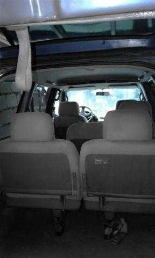 nissan serena van cd20 diesel garaje. Black Bedroom Furniture Sets. Home Design Ideas