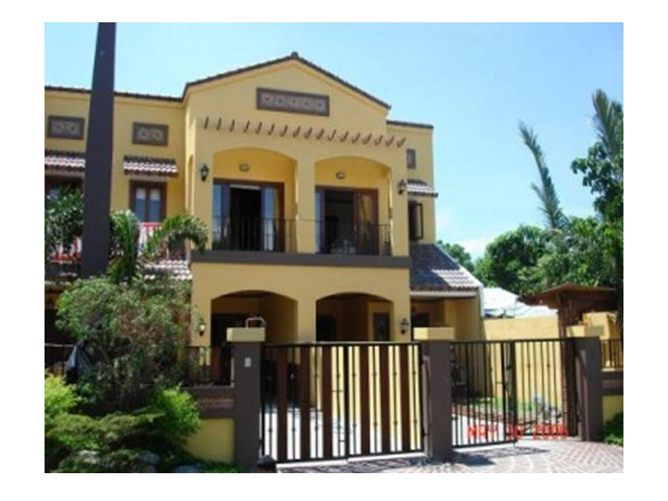 Fully Furnished 4 Bedroom Juna Subdivision Townhouse For Sale (ON HOLD!)