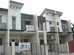 Townhouse near Carmelite Monastery For Sale!