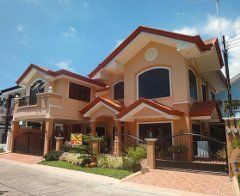 CDMDR356 : Elegant Two(2) Storey Six(6) Bedroom Woodridge Park Subdivision House and Lot, Ma-a, Davao City